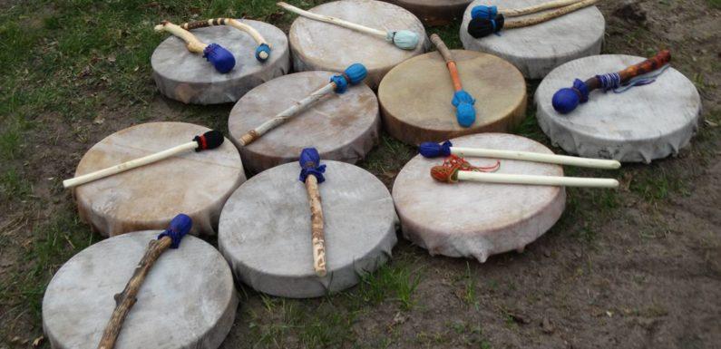 Šamanisko bungu darināšana pēc indiāņu tradīcjām. 13.-15.septembris